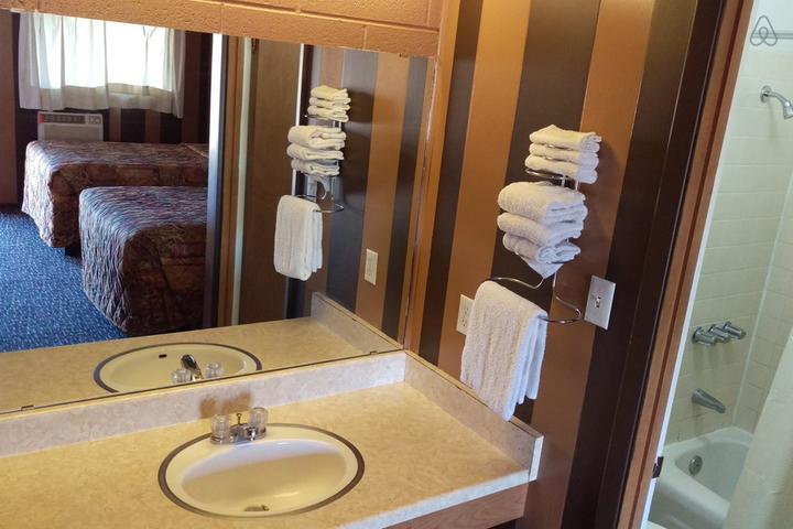 Pet Friendly Globe Airbnb Rentals