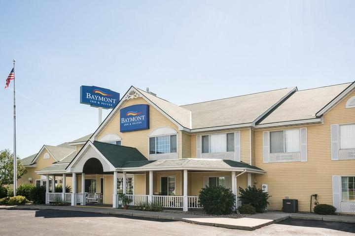 Pet Friendly Baymont Inn & Suites Albany