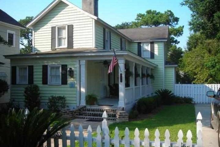 Pet Friendly Historic Home