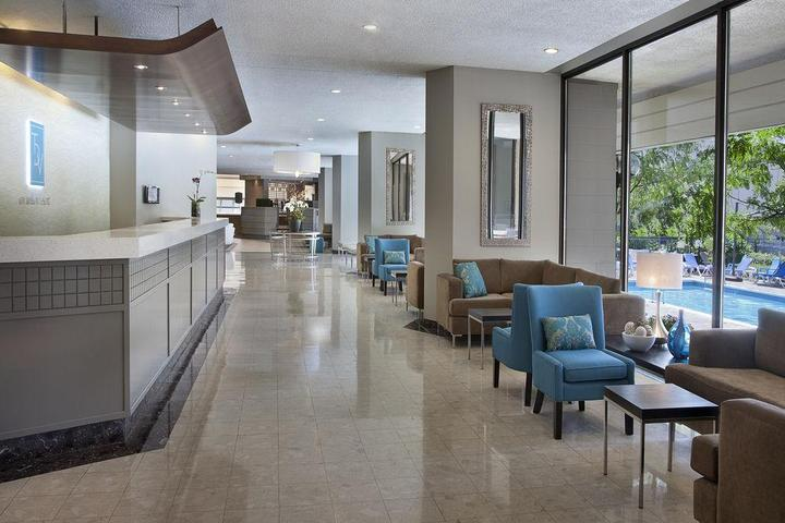 Pet Friendly Toronto Don Valley Hotel & Suites