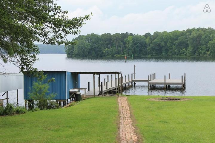 Pet Friendly Farmerville Airbnb Rentals