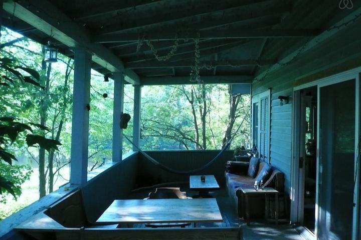 Pet Friendly Pine Bush Airbnb Rentals