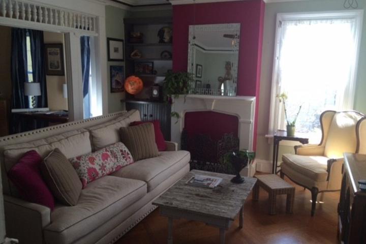 Pet Friendly Millwood Airbnb Rentals
