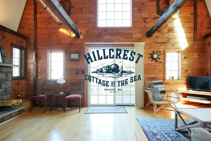Pet Friendly Hillcrest Cottage by the Sea