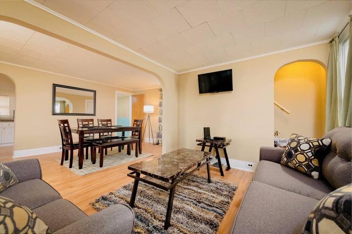 Pet Friendly Ridgewood Airbnb Rentals