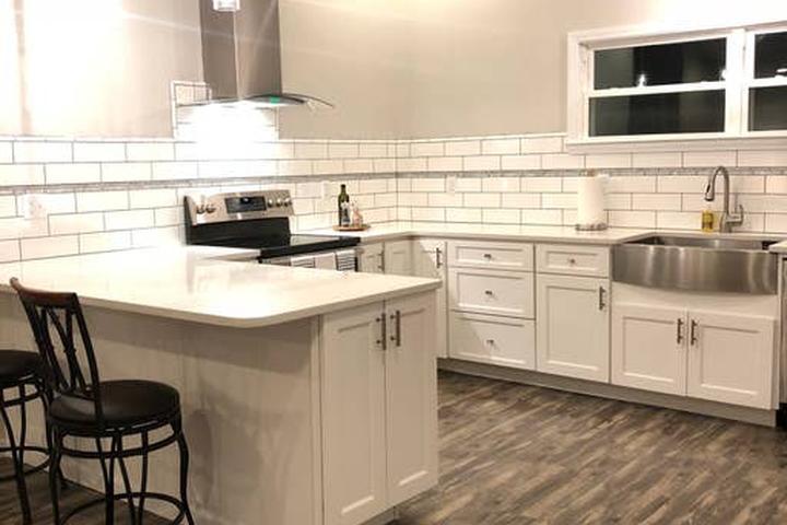 Pet Friendly Mount Carmel Airbnb Rentals