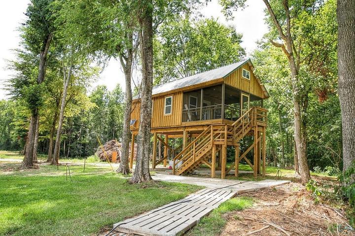 Pet Friendly White Lake Airbnb Rentals