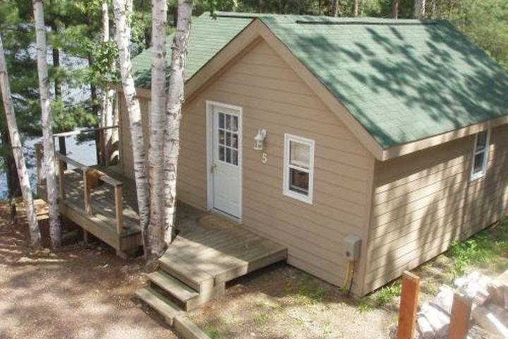 Pet Friendly Silver Birches Cottage Rental #5