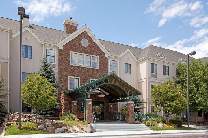 Pet Friendly Sonesta ES Suites Denver South
