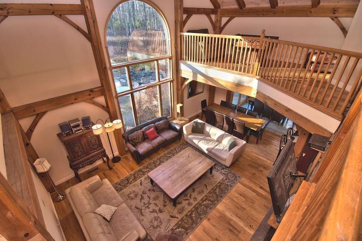 Pet Friendly Cranberry Lodge Stunning