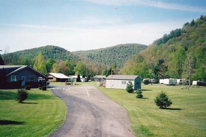 Pet Friendly Twin Streams Campground