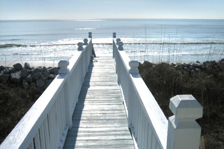 Pet Friendly Oceanfront- Best Beach Location
