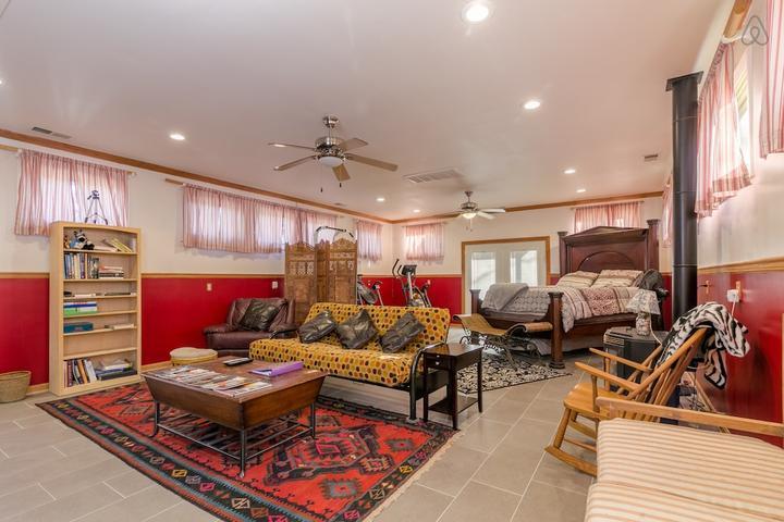 Pet Friendly Sandston Airbnb Rentals