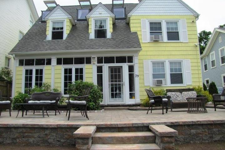 Pet Friendly The Grand Victorian Guest House - Beach Front