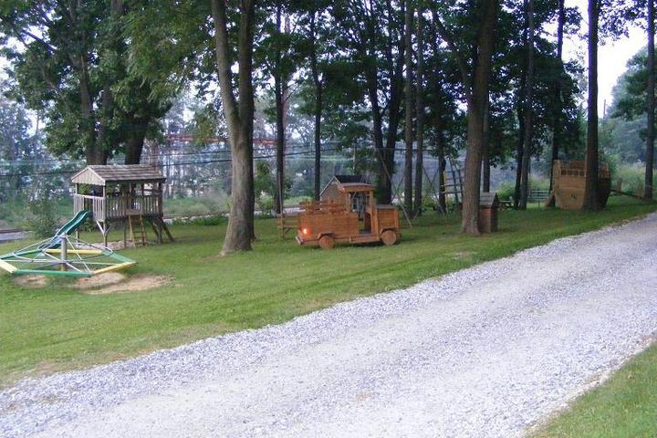 Pet Friendly Loose Caboose Campground