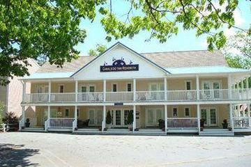 Pet Friendly Canalside Inn