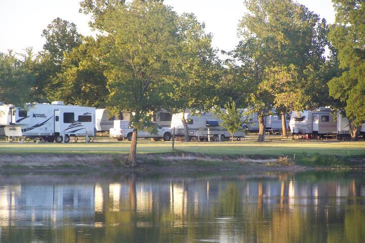Pet Friendly Hotels in Caddo Mills, TX - Bring Fido