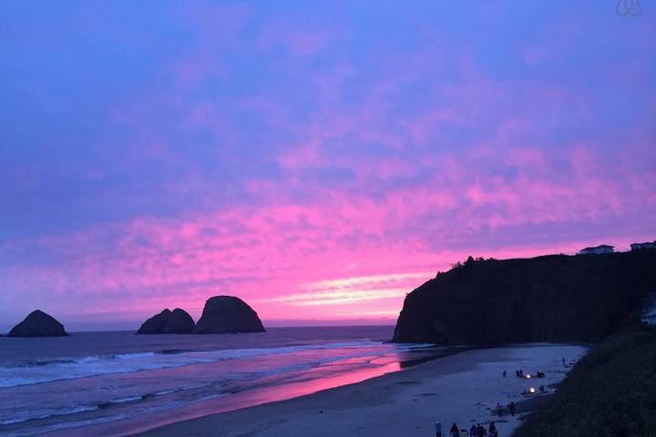 Pet Friendly Oceanside Airbnb Rentals