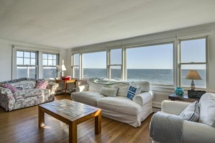 Pet Friendly Amagansett Bungalow on Private Beach