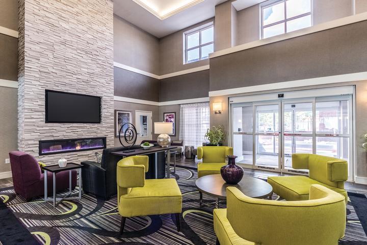 Pet Friendly La Quinta Inn & Suites San Antonio Downtown