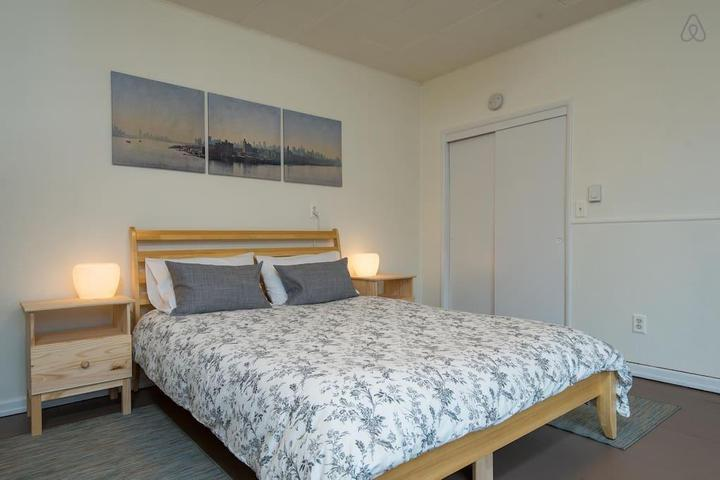 Pet Friendly Beaverton Airbnb Rentals