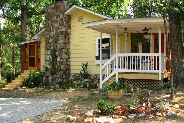 Pet Friendly Collinsville Airbnb Rentals