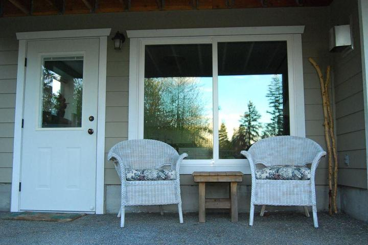 Pet Friendly 1-Bedroom Fully Equipped Suite