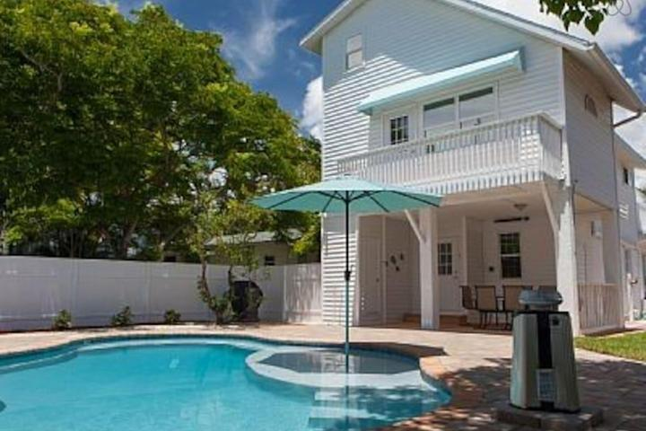 Pet Friendly Bradenton Beach Airbnb Rentals