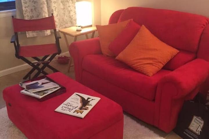 Pet Friendly Alexandria Airbnb Rentals