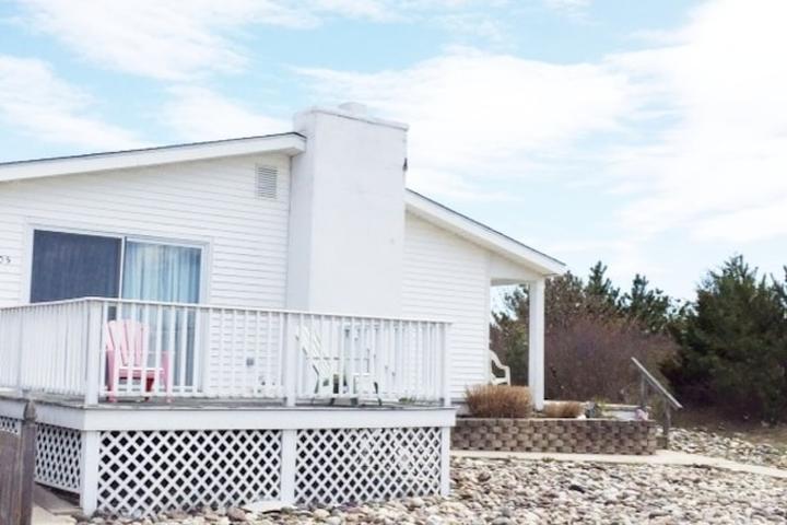 Pet Friendly Egg Harbor City Airbnb Rentals