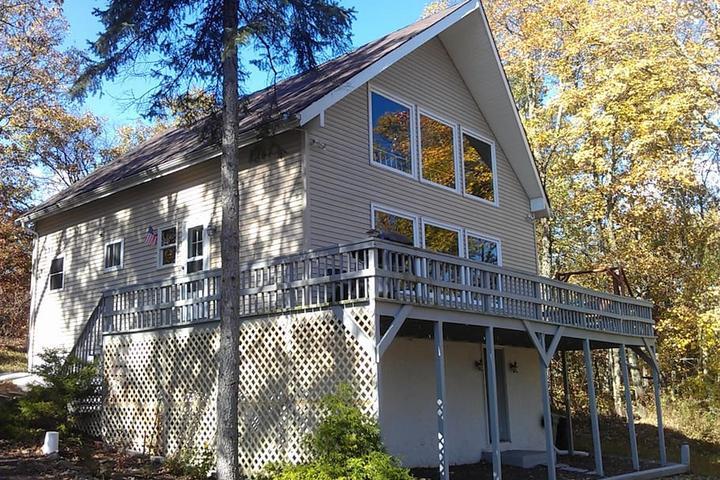 Pet Friendly Henryville Airbnb Rentals