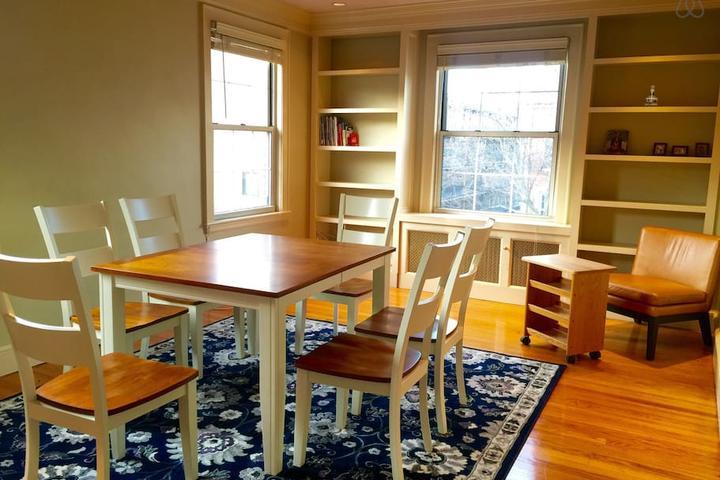 Pet Friendly Cambridge Airbnb Rentals