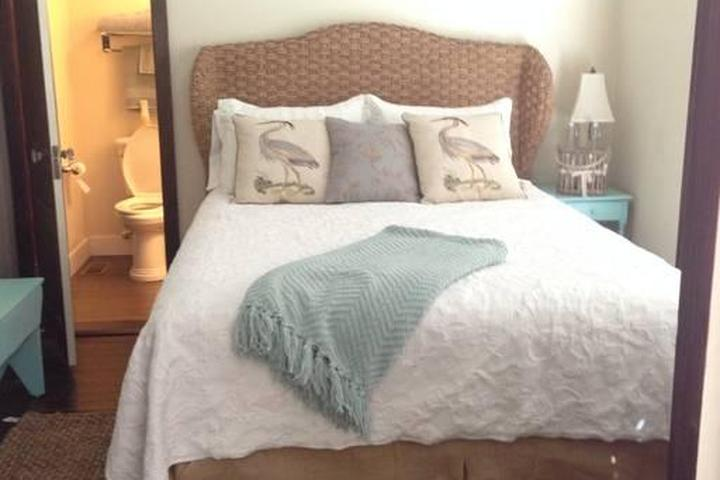 Pet Friendly Traphill Airbnb Rentals