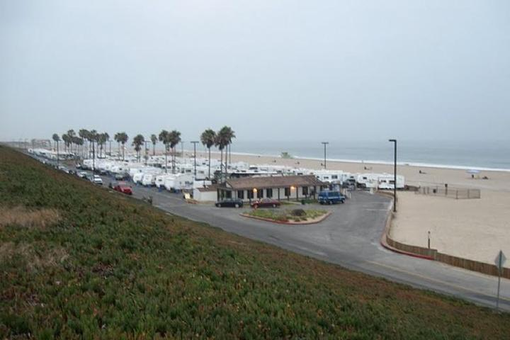 Pet Friendly Dockweiler Beach RV Park