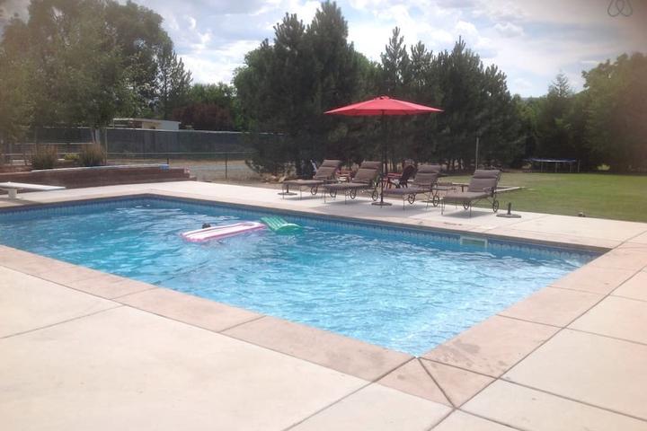 Pet Friendly Grand Junction Airbnb Rentals