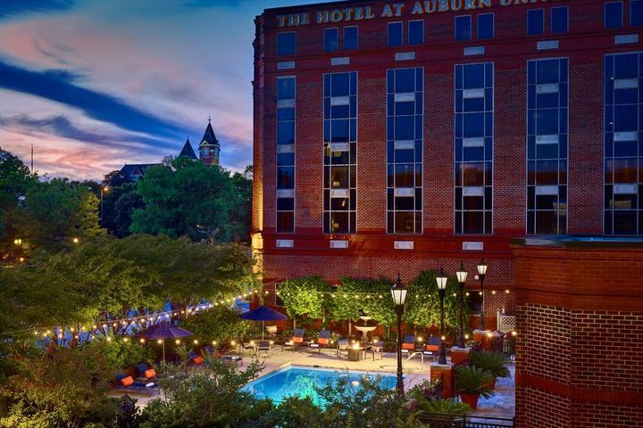 Pet Friendly The Hotel at Auburn University