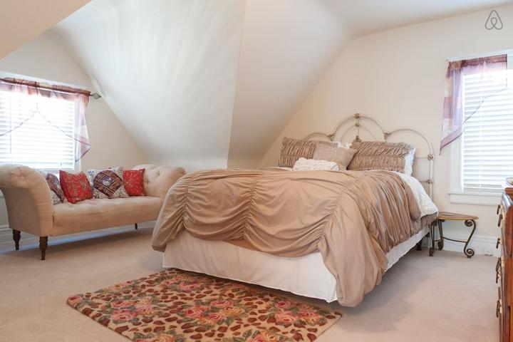 Pet Friendly Glen Ridge Airbnb Rentals