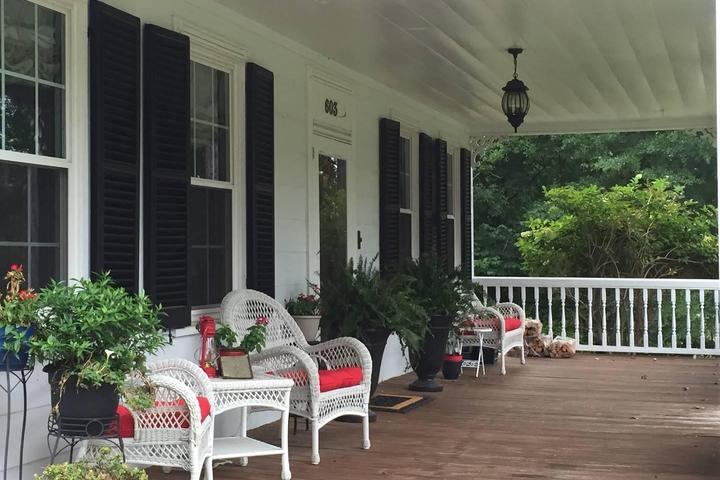 Pet Friendly Vacation Rentals in Fayetteville, NC - Bring Fido