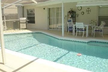 Pet Friendly South Shore Pool Home near Apollo Beach