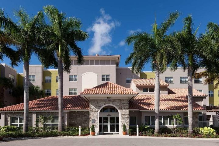 Pet Friendly Residence Inn by Marriott Fort Lauderdale Airport & Cruise Port