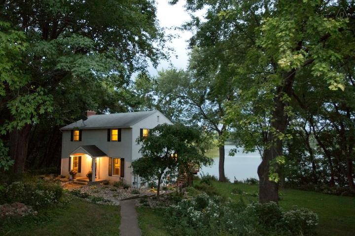 Pet Friendly Vacation Rentals In West St Paul Mn Bringfido