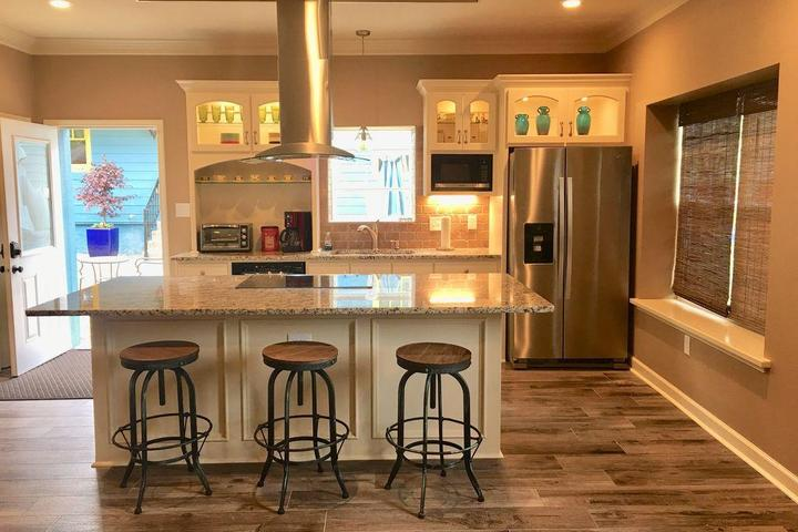 Pet Friendly Contemporary & Chic Guest House