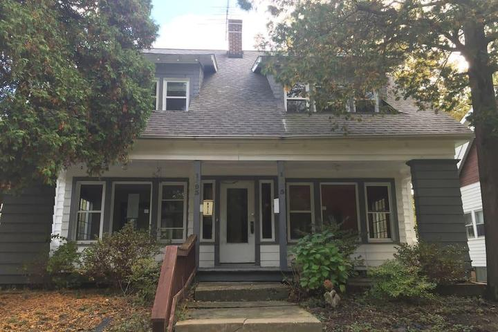 Pet Friendly Cleveland Heights Airbnb Rentals
