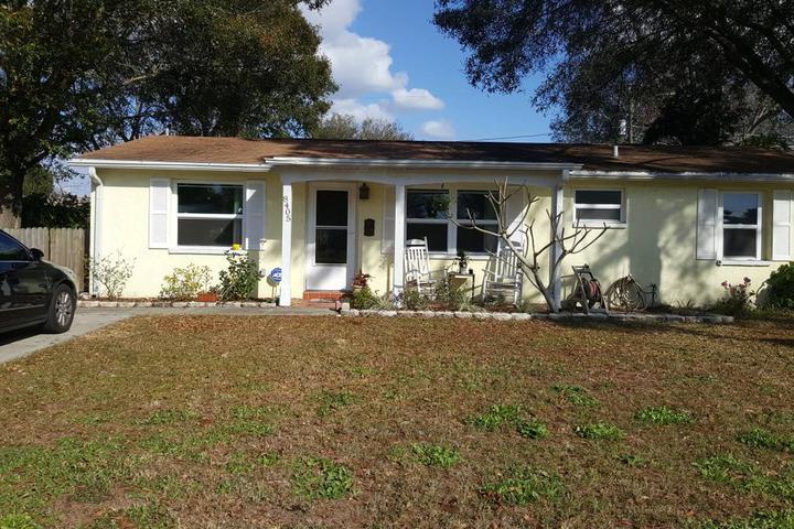 Pet Friendly Pinellas Park Airbnb Rentals