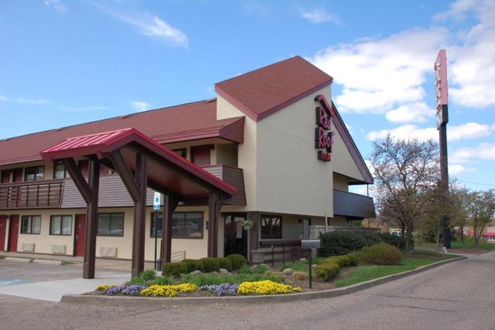Pet Friendly Red Roof Inn Canton