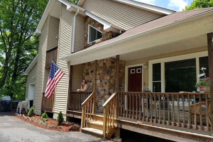 Pet Friendly Stanhope Airbnb Rentals