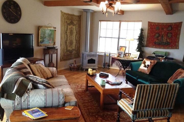 Pet Friendly Vacation Rentals in Caddo Mills, TX - Bring Fido