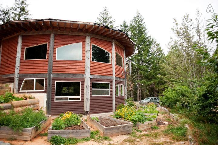 Pet Friendly Happy Camp Airbnb Rentals