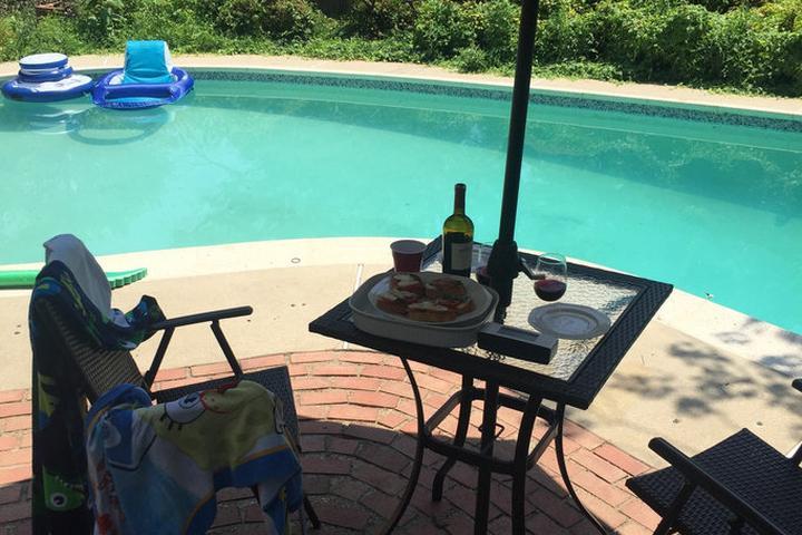 Pet Friendly Fort Washington Airbnb Rentals