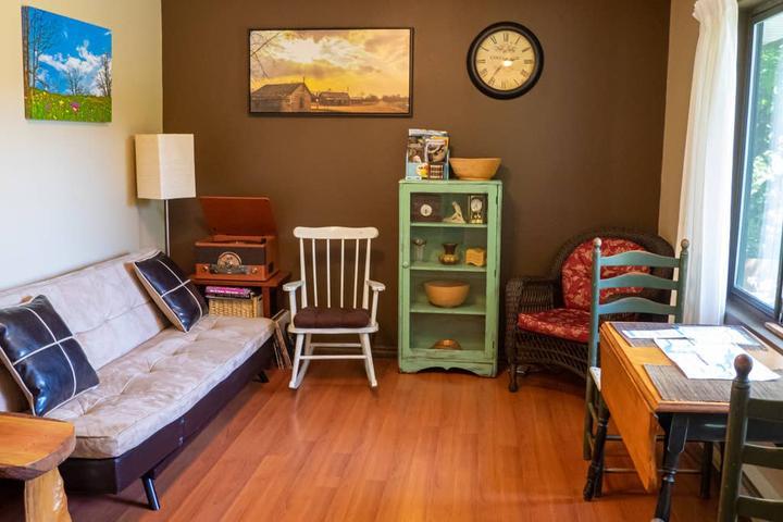 Pet Friendly Youbou Airbnb Rentals